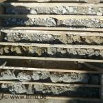 Einzelne Bodenschichten in Bohrkernkisten aus Bohrungen