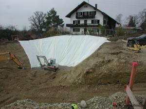 ausgehobene Baugrube