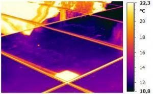 Themografie an Photovoltaik-Anlagen zur berührungslosen Messung von defekten Modulen